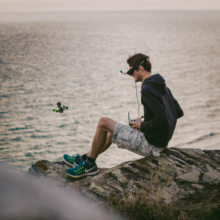 Ich beim Fliegen mit meiner Drohne
